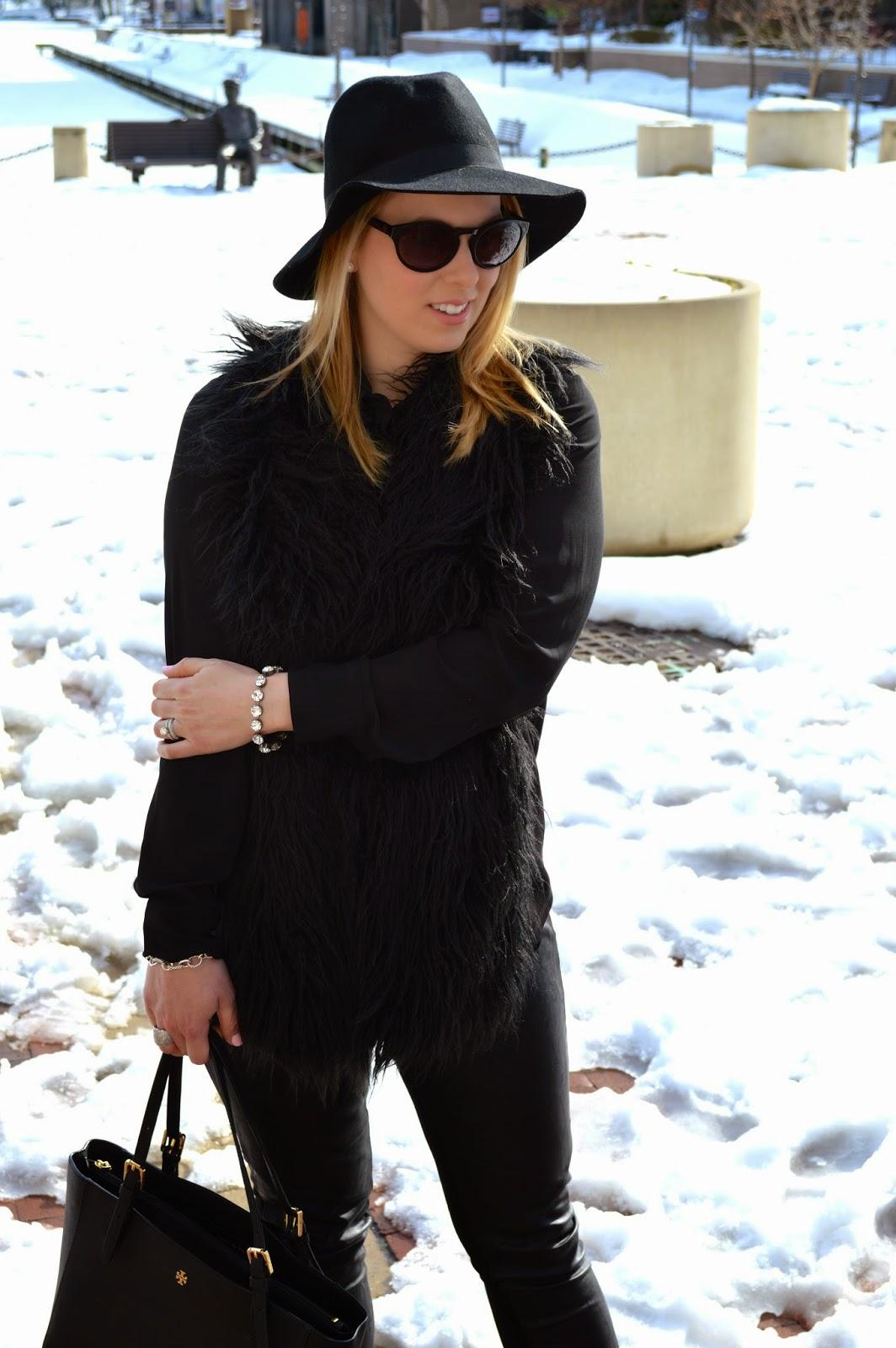 black-fur-cabi-vest