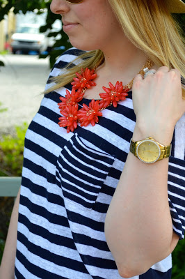 red-flower-statement-necklace