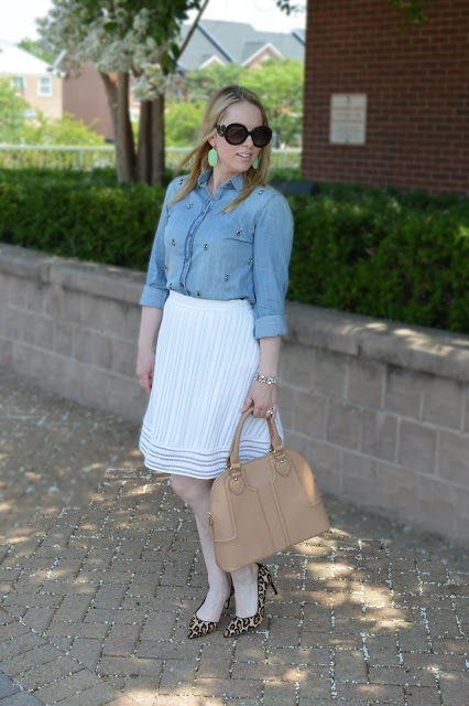 summer-chambray-white-skirt
