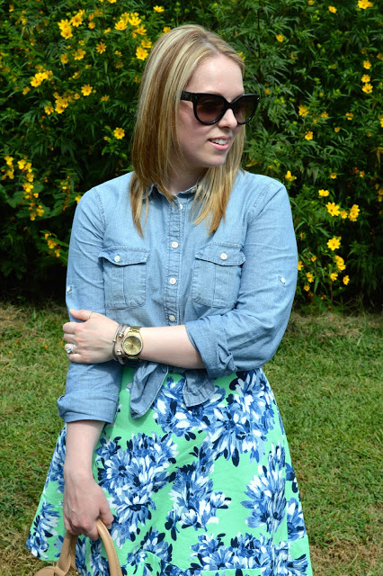 floral-and-chambray-outfit