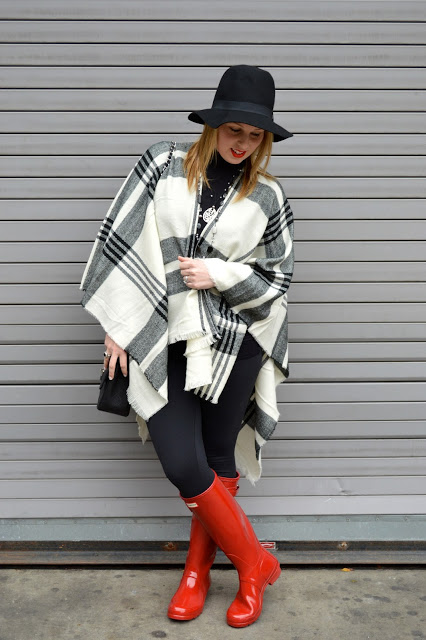 fall-cape-outfit