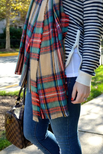 how-to-wear-blanket-scarf