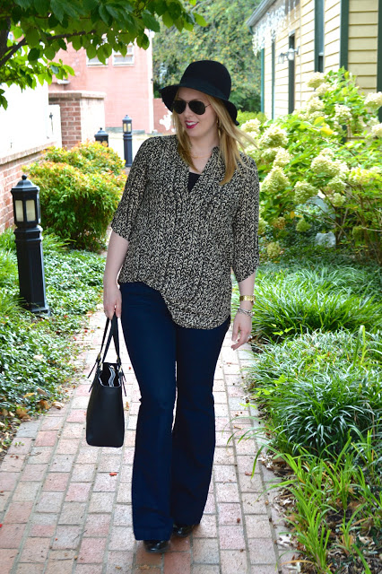 70s-inspired-look-flare-jeans