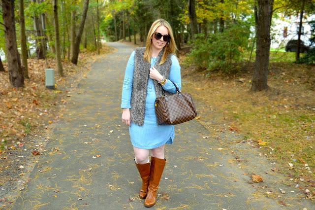 chambray-dress-faux-fur-vest-outfit