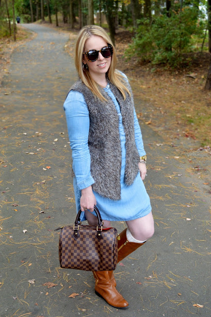 how-to-wear-chambray-dress-in-fall