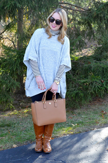 how-to-wear-a-poncho