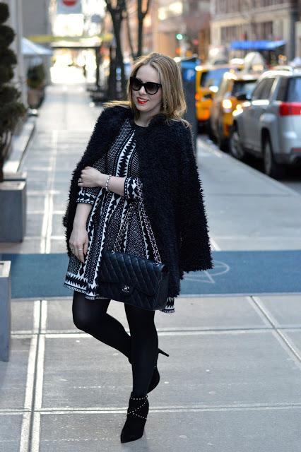 geometric-print-dress-outfit