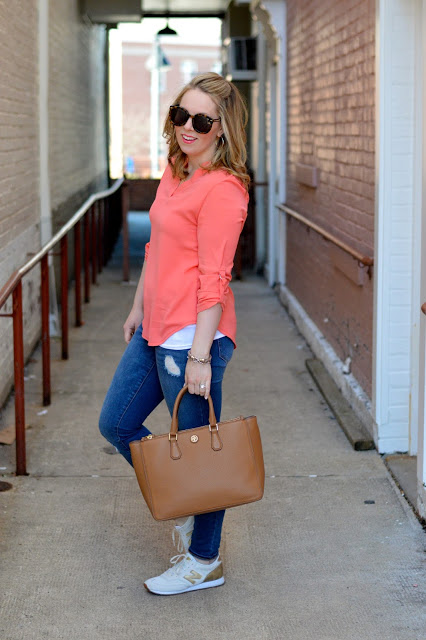 coral-top-outfit-ideas