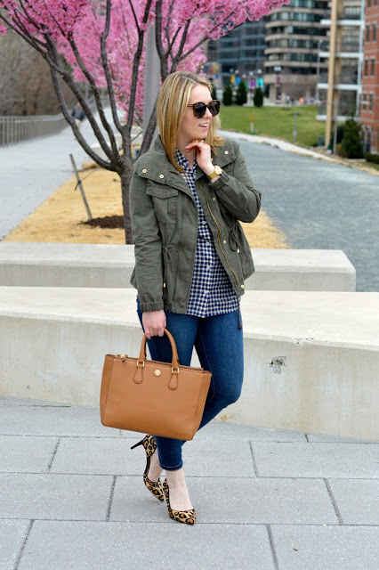 military-jacket-outfit-ideas