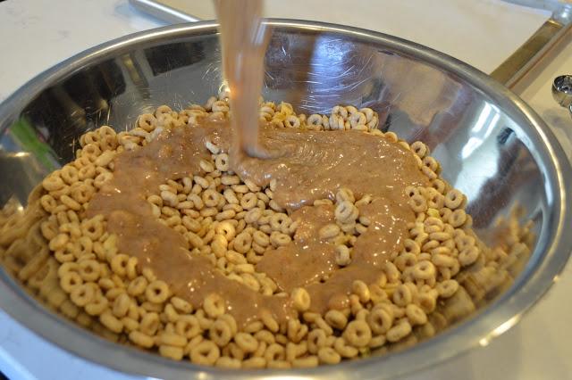 almond-butter-cheerio-recipe