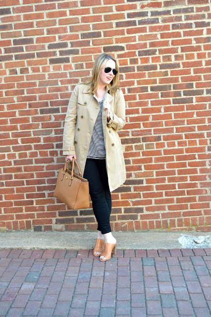 beige-trench-coat-outfit-ideas