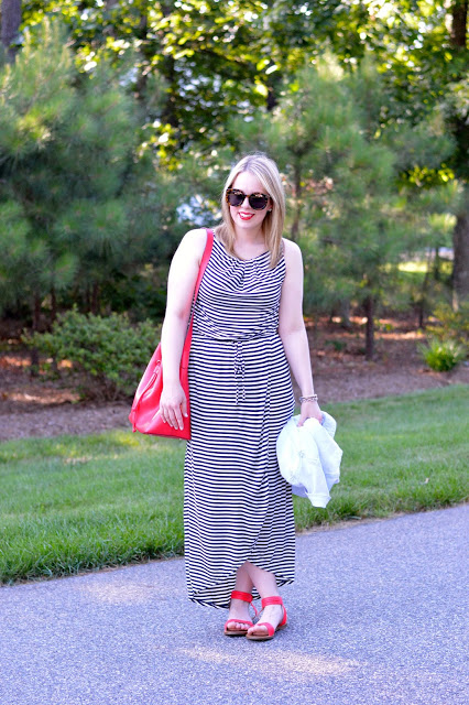 striped-maxi-dress-outfit