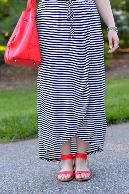 dress-with-tulip-hem