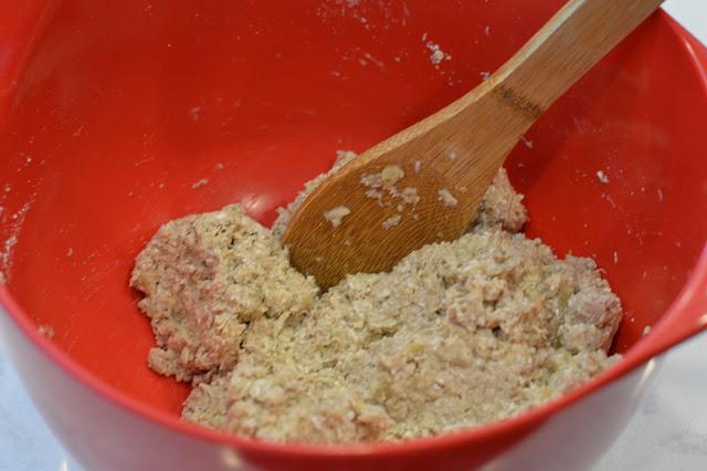 easy-oatmeal-cookies-recipe