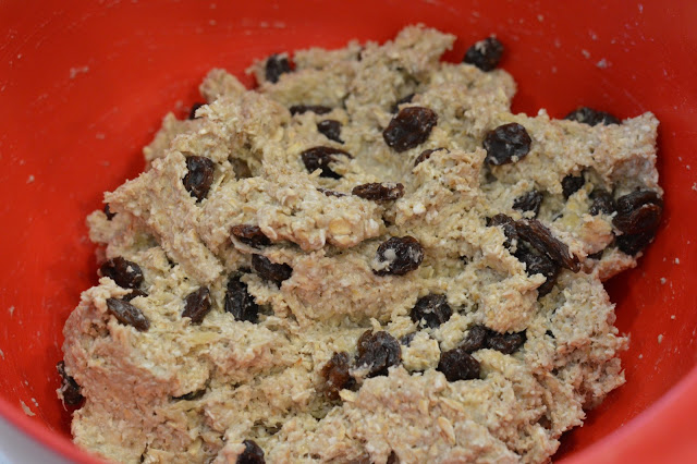 healthy-oatmeal-raisin-cookies-recipe