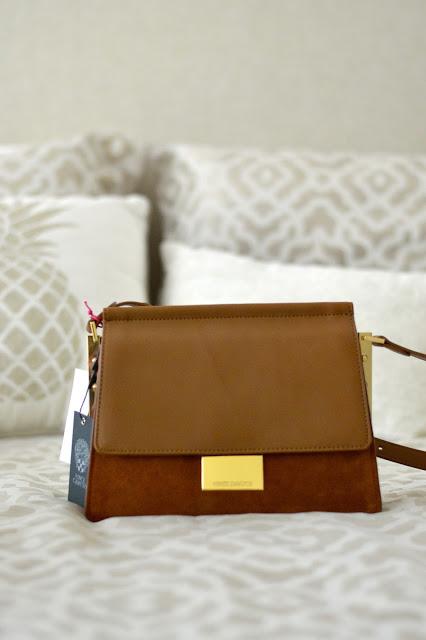 beige-suede-handbag