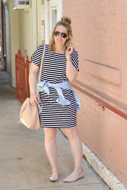 stripe-dress-outfit