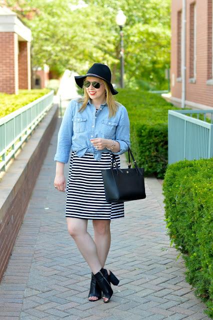 fall-stripe-dress-outfit-idea