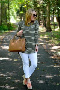 green stripe tee white jeans