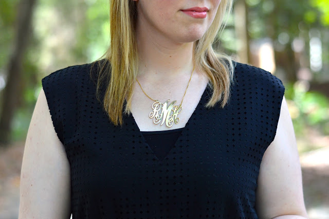 monogram-necklace-outfit