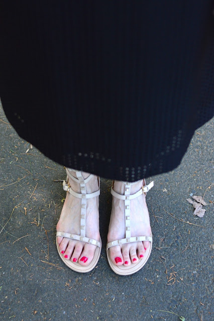 rockstud-lookalike-sandals