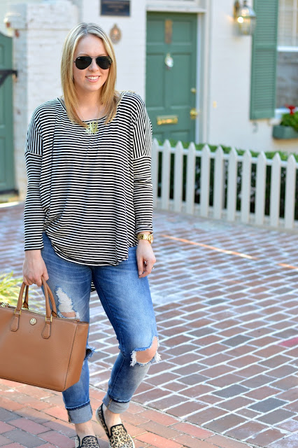 stripe-tee-fall-outfit