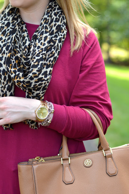 burgundy-tunic-outfit