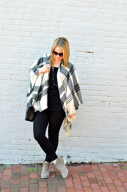 black-grey-plaid-poncho-outfit