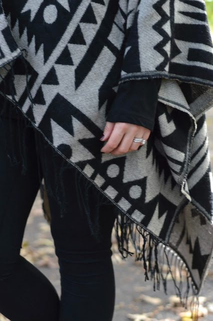 aztec-printed-poncho-outfit