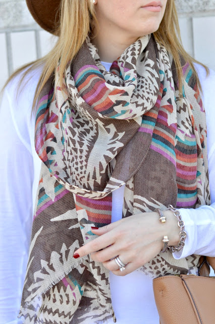 brown-fall-scarf-outfit-inspiration