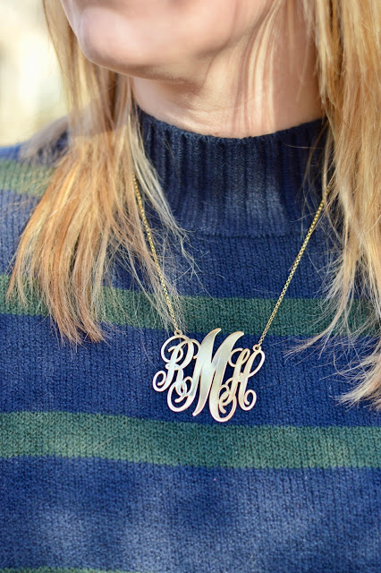large-monogram-necklace-blogger-outfit