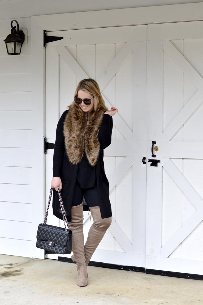 cute-winter-outfits-faux-fur-otk-boots