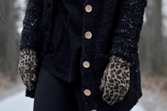 leopard-gloves-mittens