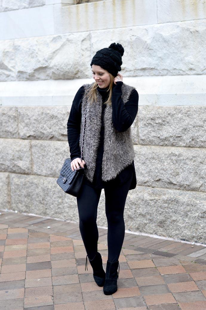 cute-winter-outfit-faux-fur