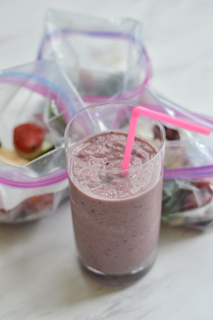 easy weekday morning smoothie recipe A Blonde's Moment @rachmccarthy7