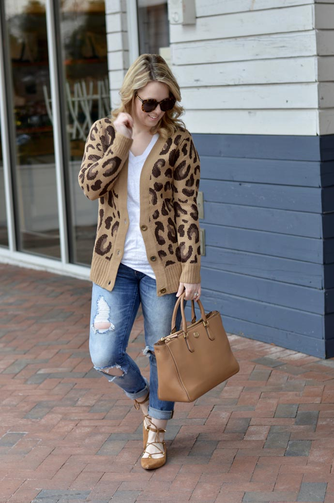 how-to-wear-leopard-in-the-spring