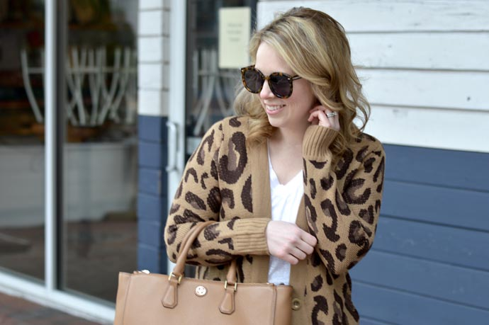 leopard-cardigan-outfit