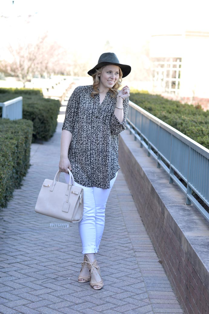 casual spring outfit ideas white jeans