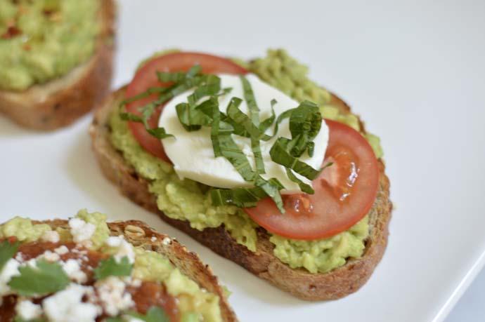 Caprese Avocado Toast Recipe @rachmccarthy7