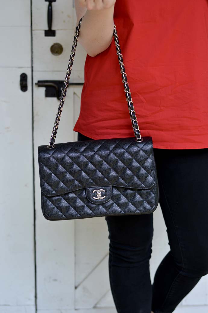 black jumbo classic chanel bag