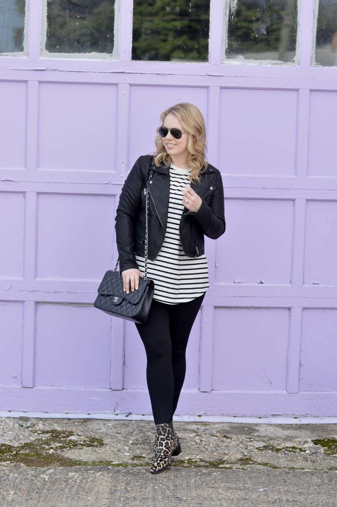 casual fall outfit idea leather jacket
