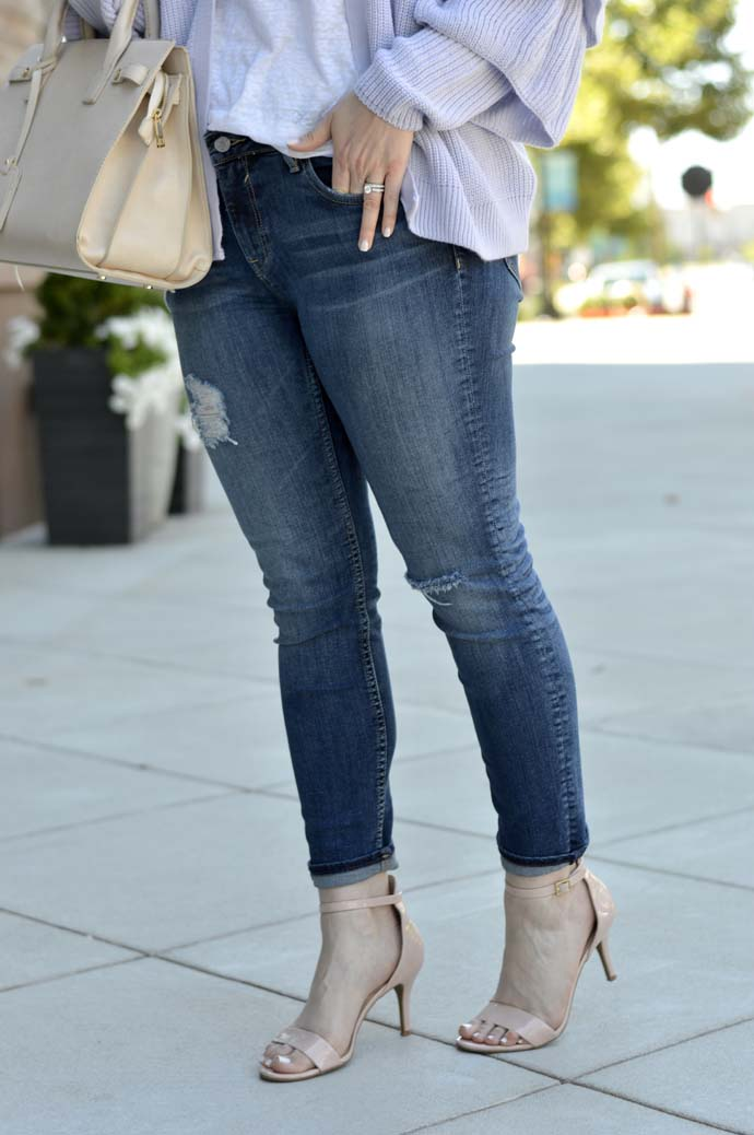 high rise distressed jeans outfit