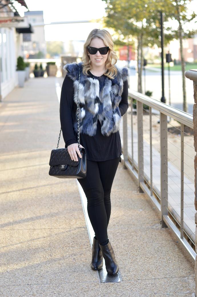 cropped faux fur vest outfit