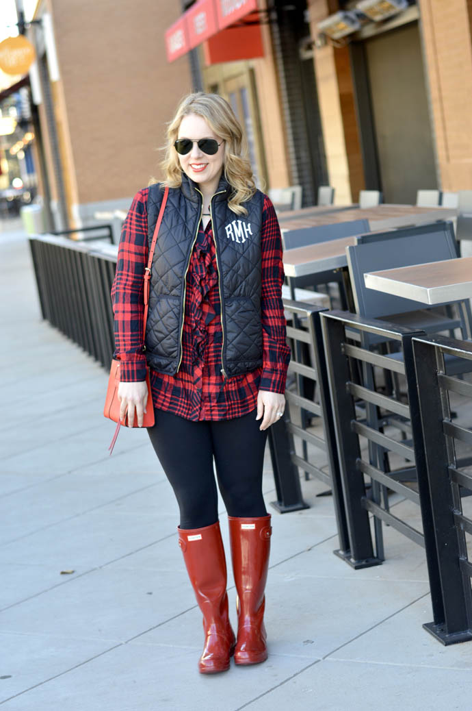 cute fall outfit with hunter boots