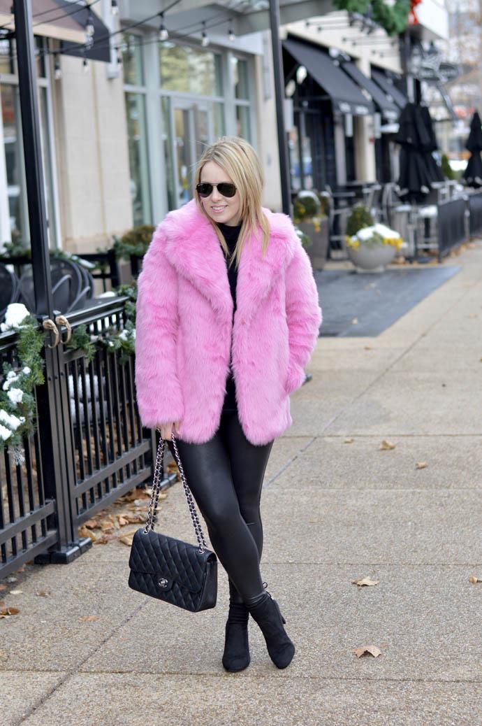faux fur jacket outfit ideas