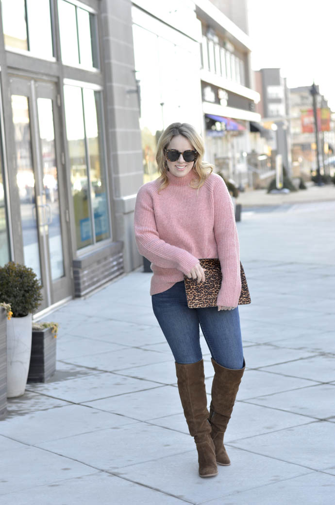 pink sweater and jeans outfit