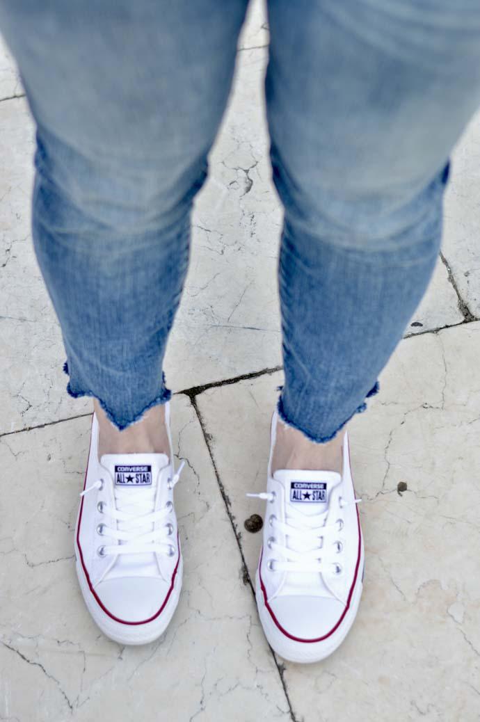 women's converse slip on sneakers
